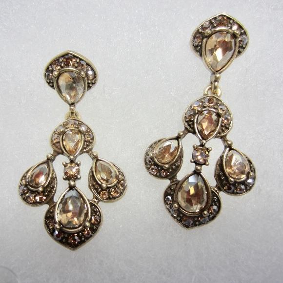 19826a4389231 Oscar de la Renta Champagne Antique Gold Earrings.  M 5b92ced3c2e9feb26e97c7fc